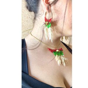 collar y pendientes florales